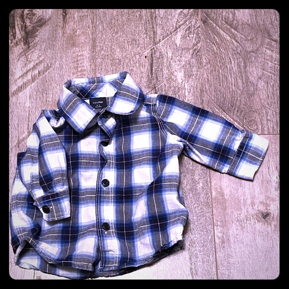 GAP Other - Baby boy plaid button up